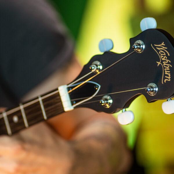 headstock of banjo