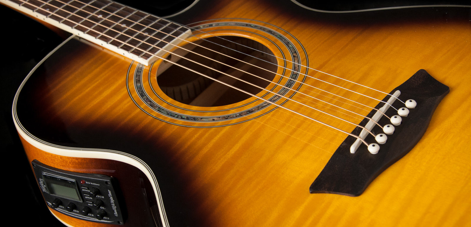EA15ATB FESTIVAL ACOUSTIC GUITAR angled view of the top and controls