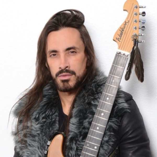 Nuno Bettencourt promotional image