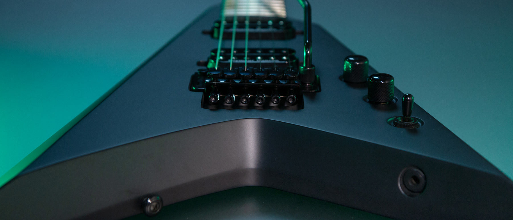 PXV26FRCK parallaxe v26fr close up of the Floyd Rose Bridge