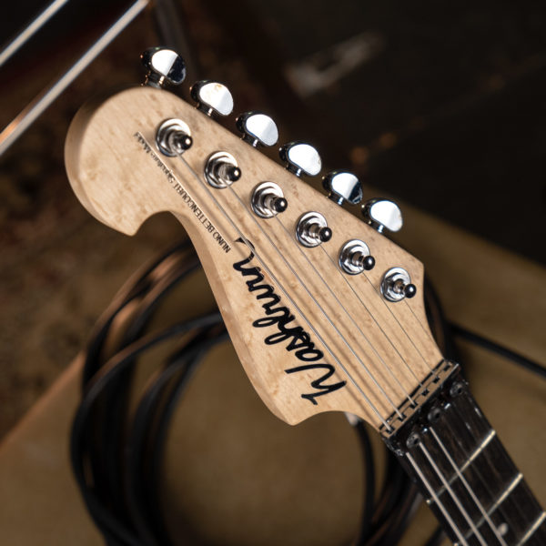 4N NUNO BETTENCOURT SIGNATURE USA head stock