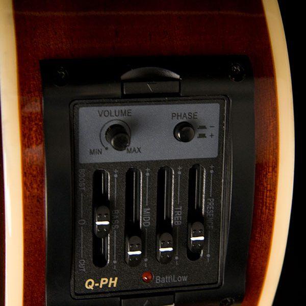 AB5K close up of electronics control panel