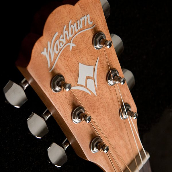 WD7S angled image of the front of the headstock