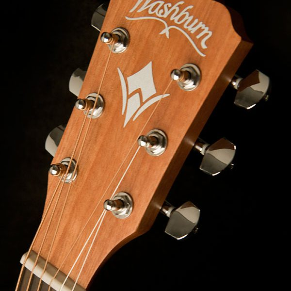 WG7S angled image of the front of the head stock